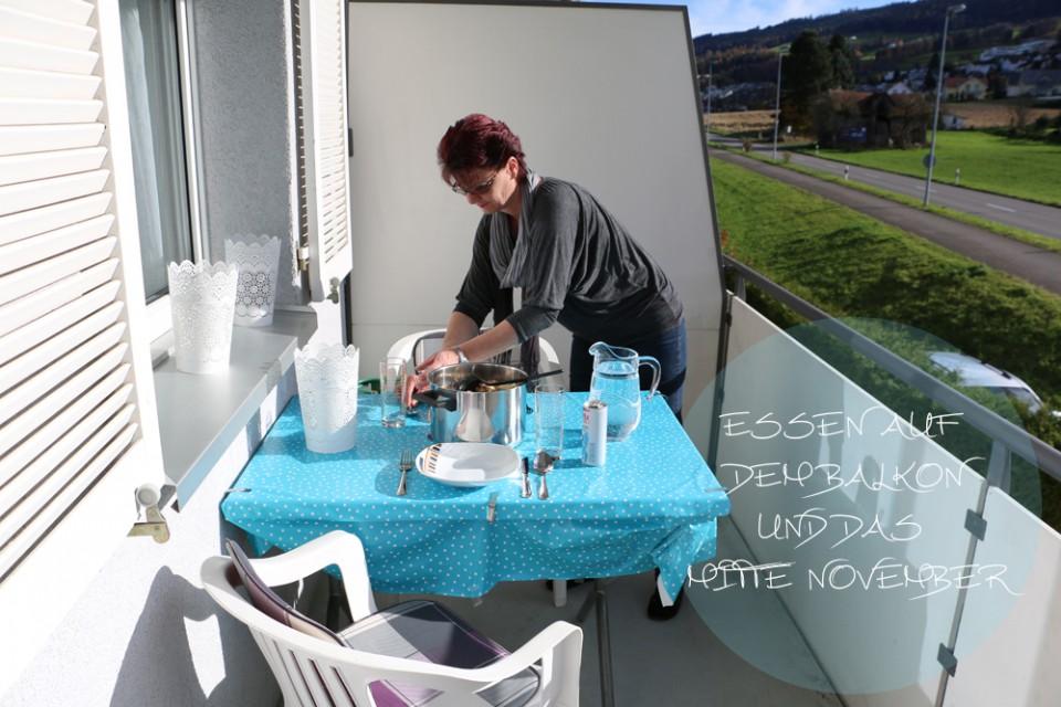 Essen auf dem balkon